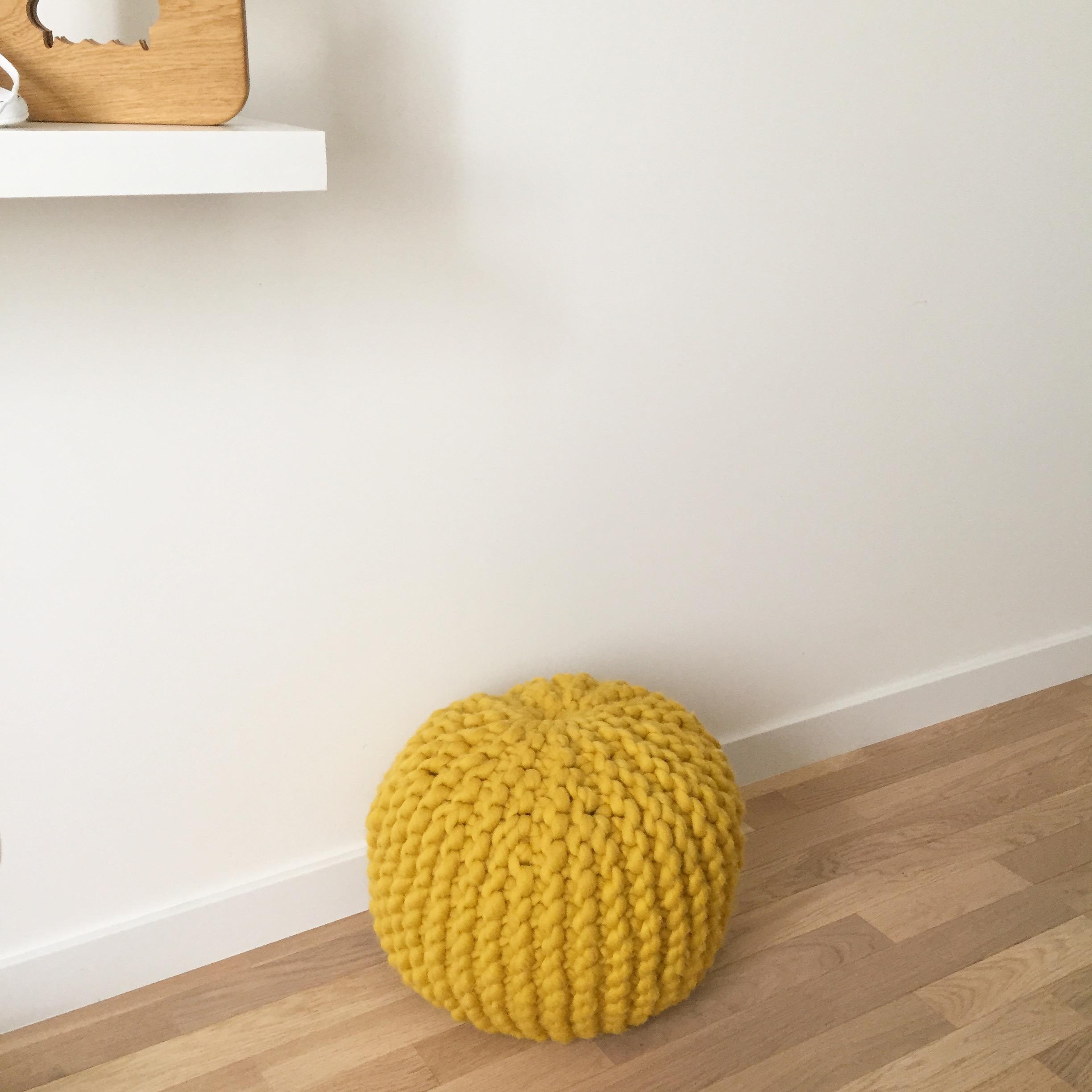 comment fabriquer un pouf amazing affaler juste avant le. Black Bedroom Furniture Sets. Home Design Ideas
