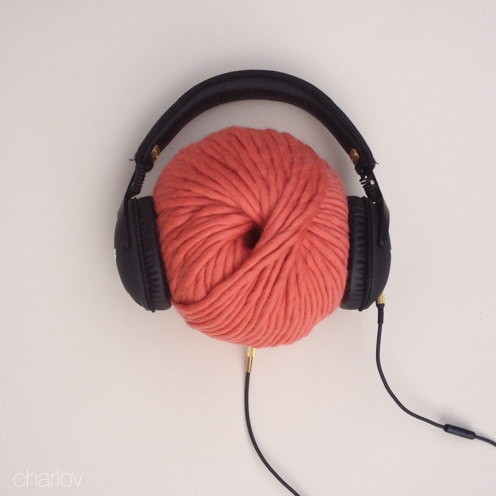 Sur mes aiguilles et sur mes oreilles #1