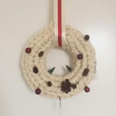 Ma couronne de Noël en tricot